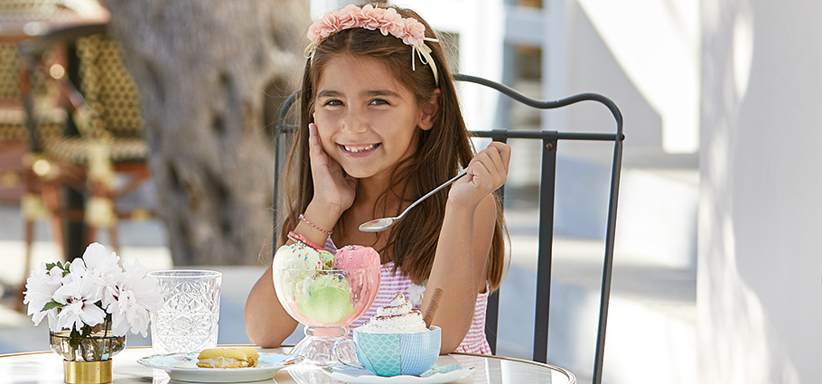 petite-gastronomy-kids-dining-in-lux-me-rhodos