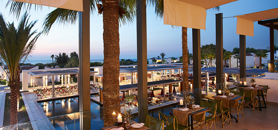 02-dining-restaurants-and-bars-in-lux-me-rhodos
